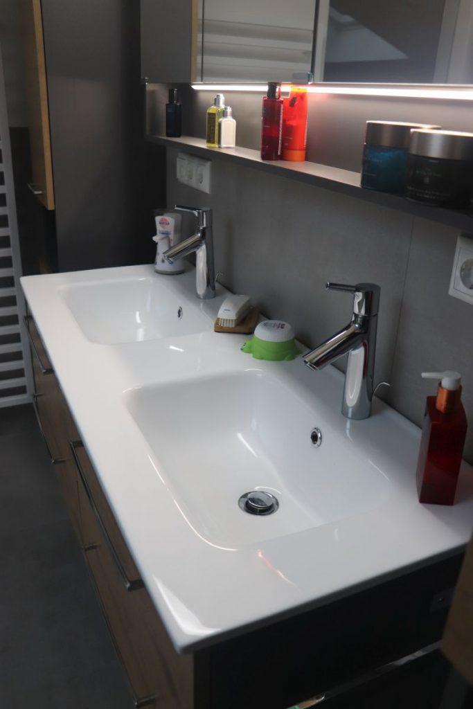 Badsanierung-Vilshofen-Keramik-Waschbecken