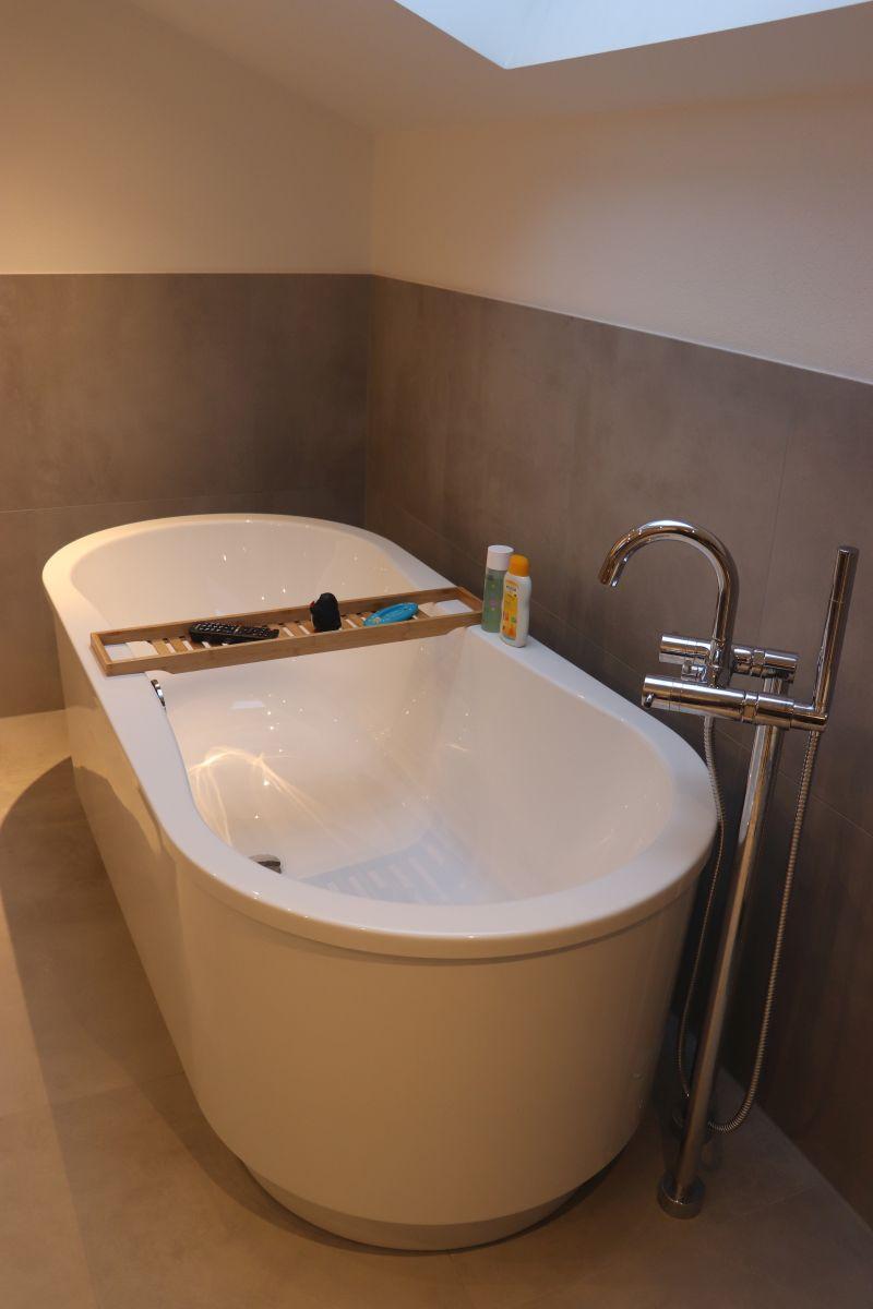 freistehende Badewanne Badsanierung Vilshofen